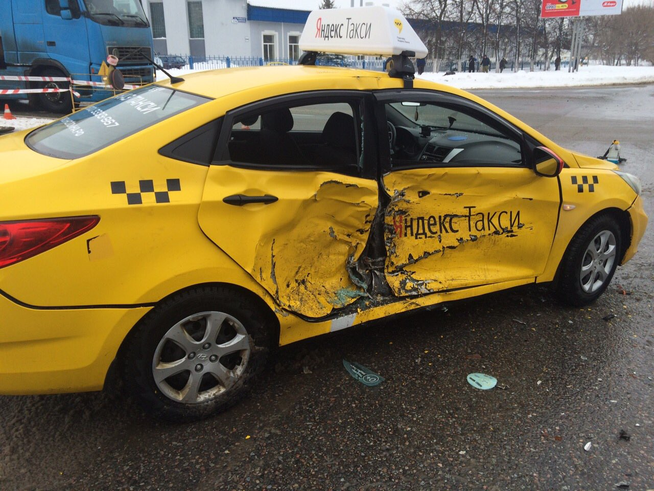 тексте фото разбитых машин таксистов сможете работать