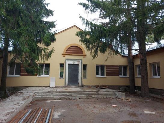 Ремонт поликлиники в Радужном скоро завершится