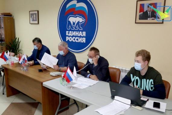 Луховицкие партийцы провели прием по вопросам ЖКХ