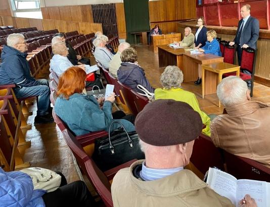 Актив совета ветеранов встретился с коломенскими медиками
