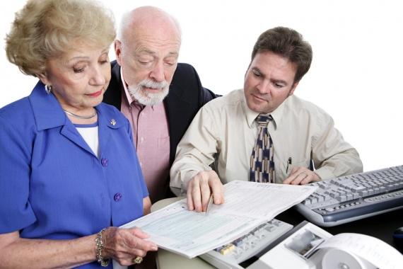 Проблема трудоустройства в предпенсионном возрасте как получить пенсию если родитель в коме