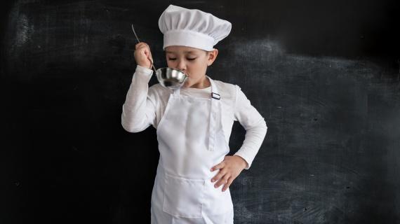 Шеф Ивлев предлагает вернуть уроки кулинарии
