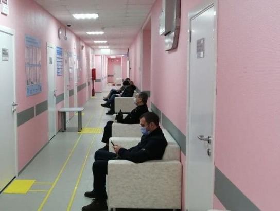 Больше 500 человек уже приняли в обновленной поликлинике